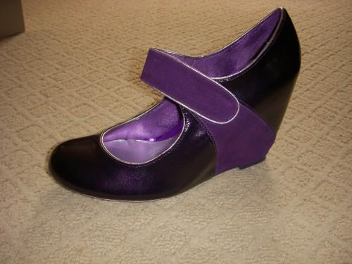 purple_shoes